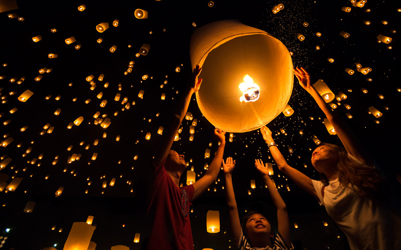 White Light Festival 2020 Thailand Lantern Festival   Loy Krathong and Yi Peng 2019 2020